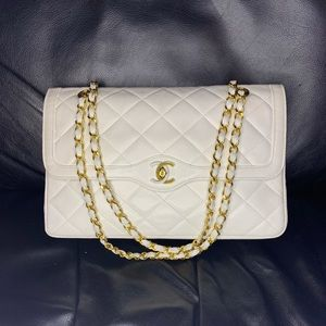 Vintage 1980s Chanel White Quilted Flap Bag